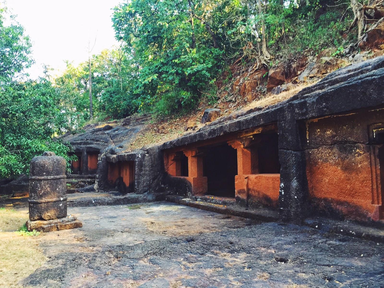 Panhalakaji Caves