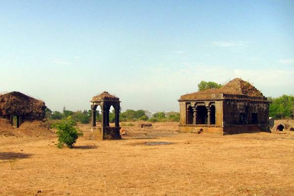 Pavangad Fort, Maharashtra